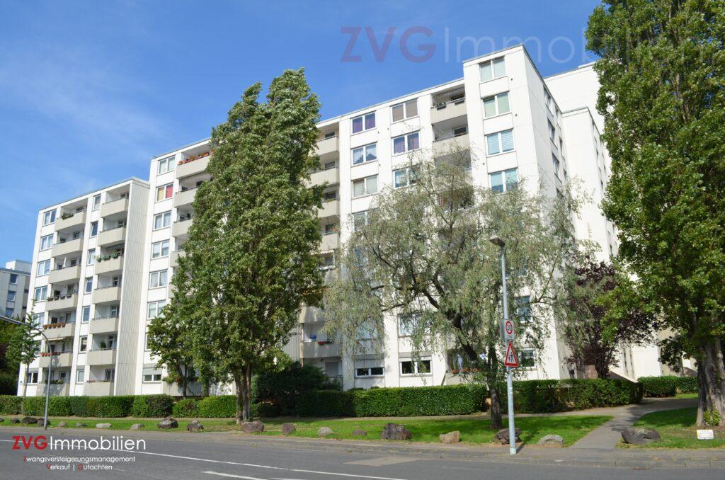 Versteigerung und Verkauf von 1 Dutzend Eigentumswohnungen in Köln-Porz