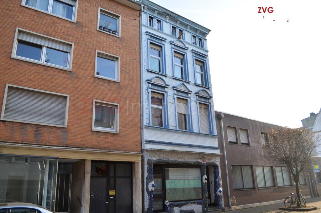 Sanierungsbedürftiges Wohn- und Geschäftshaus im Kreis Düren versteigert